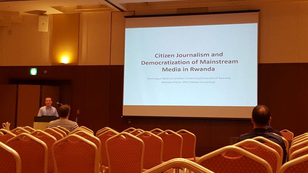 Citizen journalism in Rwanda
